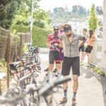 Foto Start und Treffpunkt des Gravel Giros ist der Showboom von VPACE Bikes.